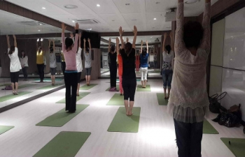 Yoga workshop held at Lotte Culture Center, Ilsan_ May 31, 2016