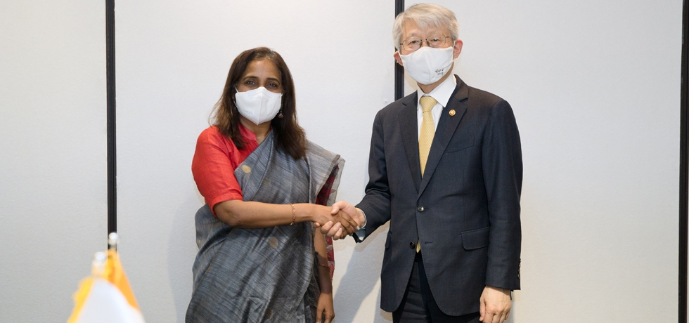 Ambassador Sripriya Ranganathan with Mr. Choi Kiyoung, ROK Minister for Science and ICT