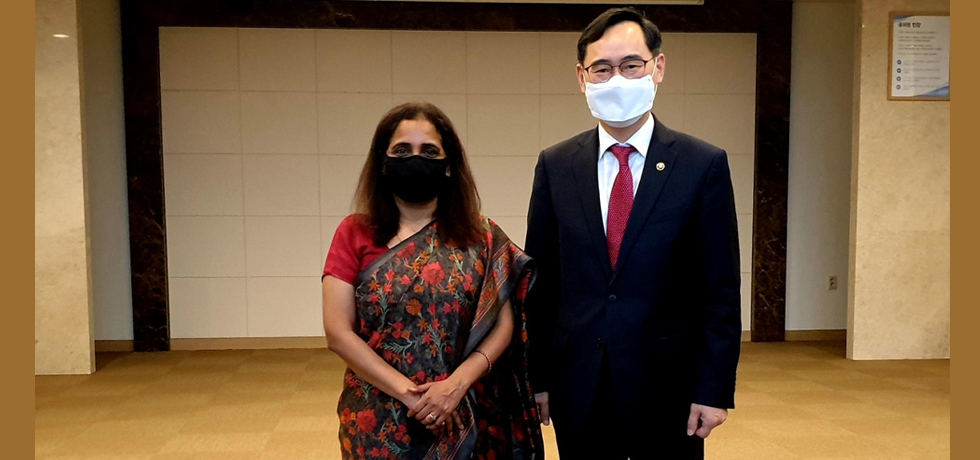 Ambassador Sripriya Ranganathan with H.E Mr.Jung Jong Chul, Vice Minister of Education