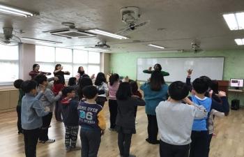 India Day at Baeksuk elementary school