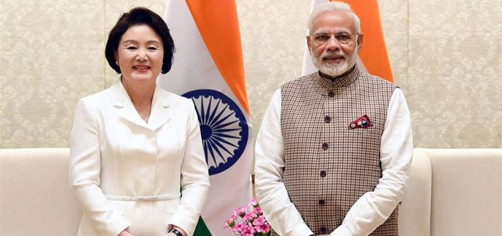 Hon'ble Prime Minister meeting H.E. Mrs. Kim Jung-sook, First Lady of ROK in Delhi