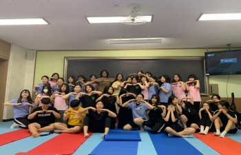 School Outreach Program at Dongguk Girls' Middle School