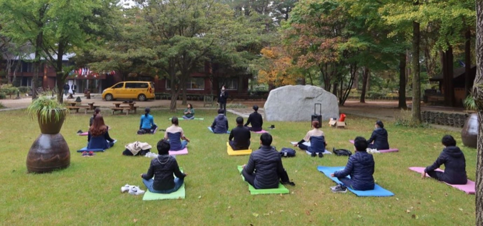 Yoga session at Nami Island (SARANG 2020: The Festival of India in the Republic of Korea)